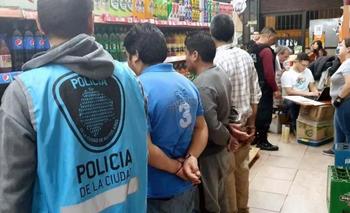 Detuvieron a la banda del supermercado chino que vendía marihuana y cocaína | Narcotráfico