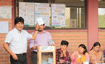 Evo Morales gana la elección en Bolivia pero habría segunda vuelta | Elecciones bolivia