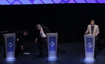 En medio del debate, a Macri se le cayeron los apuntes | Debate 2019