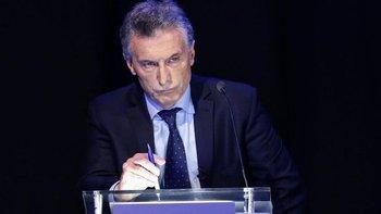 Alerta en el Estado: Macri manoteó U$S 45.000 millones a cambio de papeles de colores   Crisis económica