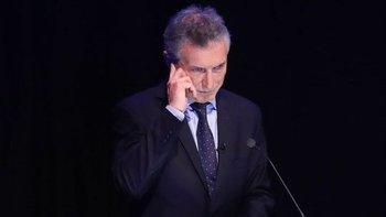 Estallaron los memes por un supuesto auricular de Macri en la oreja | Debate 2019