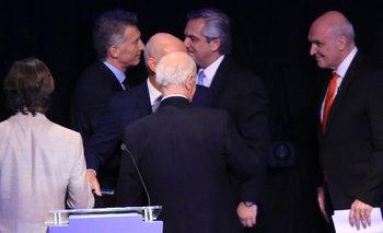 Otra vez Macri no saludó a Alberto y casi se va del escenario | Debate presidencial
