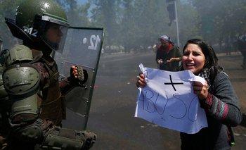 En Chile irrumpieron un móvil de TN para pedirles que dejen de mentir   Crisis en chile