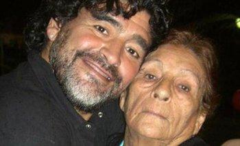 La madre de D10S: frío de primavera en La Plata de Maradona | Diego maradona