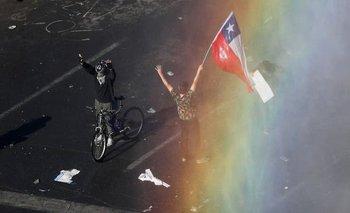 Ascienden a 15 los muertos por la represión en Chile | Crisis en chile