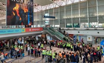Tripulación de Austral frenó un caso sospechado de trata  | Aerolíneas argentinas