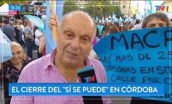 Corrieron a una persona de un móvil de TN por tener un cartel contra Macri | Elecciones 2019