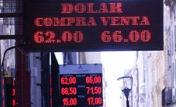 El dólar cerró estable a $ 62,97 | Dólar