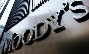 Para Moody's, Fernández deberá enfrentar una reestructuración de la deuda | Crisis económica