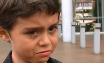 Ronaldinho, embajador de Bolsonaro, desilusionó a niños en Colombia | Indignación