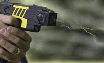 Pistolas Taser: el debate en materia de seguridad bonaerense   ¿deben utilizarse?