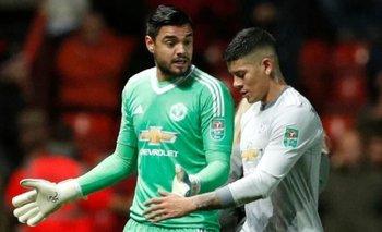 ¿Y ahora? Borraron a Sergio Romero y Marcos Rojo del Manchester United | Fútbol