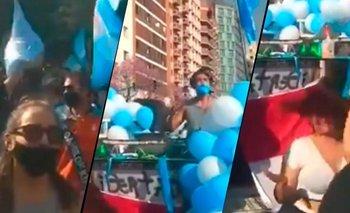 Insólito: un DJ animó la marcha contra el Gobierno en Córdoba | 12 de octubre