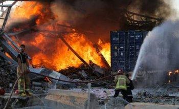 Explosión e incendio en un depósito de garrafas en Tortuguitas | Incendio
