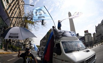 Mensajes del #17O: barrera anti golpe, oxígeno y mandato popular | Opinión