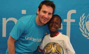 Messi paga el desayuno de 15.000 niños en Mozambique | Lionel messi