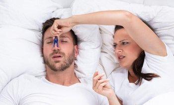 El truco más efectivo para dejar de roncar | Salud