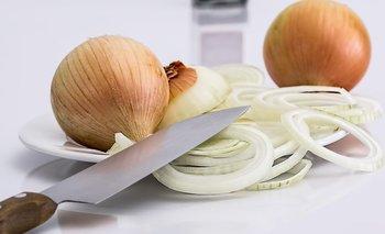 Cómo picar cebollas sin llorar: el truco para no sufrir en la cocina   Recetas de cocina