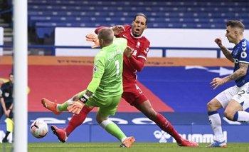 Amenazan de muerte al arquero que lesionó a Virgil Van Dijk | Fútbol