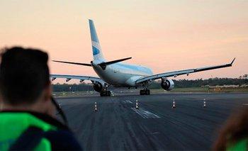 El Gobierno autorizó el regreso de los vuelos internacionales | Coronavirus en argentina