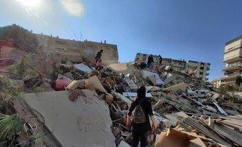 Video: Fuerte terremoto en Grecia y Turquía desencadenó un tsunami | Terremoto