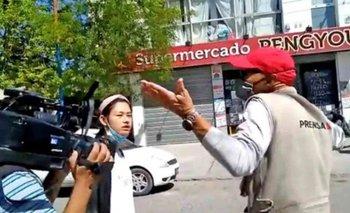 Furiosa reacción de la dueña de un supermercado chino contra periodistas | Escándalo
