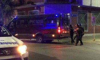 """Violenta toma de rehenes en Caseros: """"Se preparó para la Tercera Guerra Mundial""""   Provincia de buenos aires"""