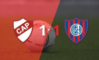 Platense y San Lorenzo se repartieron los puntos en un 1 a 1   Argentina - liga profesional 2021