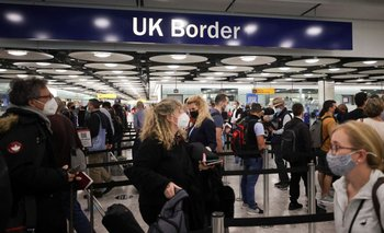 "Reino Unido retiró a Argentina de la ""lista roja"" de viajes  | Coronavirus"
