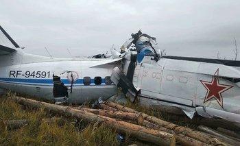 Tragedia en Rusia: se estrelló un avión y murieron 16 personas   Rusia
