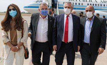 El Presidente llegó a Tucumán para recorrer fábricas y encabezar un acto | Alberto fernández
