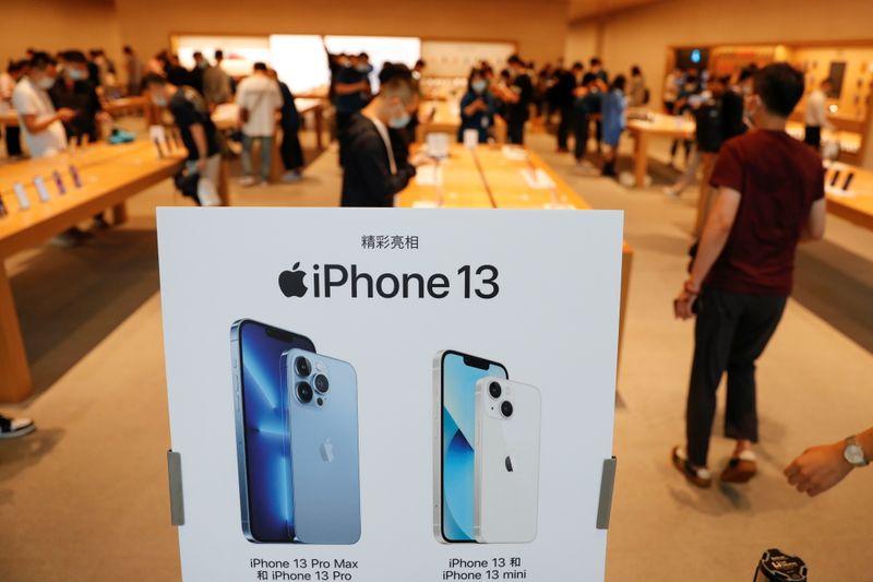 Apple recorta la producción de iPhones por falta de microchips | Telefonos celulares