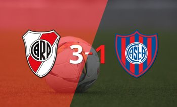 Triplete de Julián Álvarez en el triunfo de River Plate ante San Lorenzo por 3-1 | Argentina - liga profesional 2021