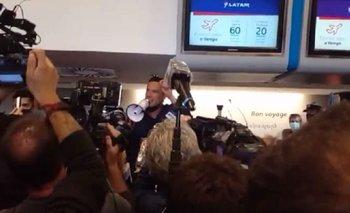 Tensión en Aeroparque: trabajadores de Latam piden por sus puestos | Aeroparque jorge newbery