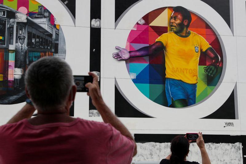 """""""Cada día que pasa estoy más cerca del gol"""", dice Pelé tras cirugía   Fútbol"""