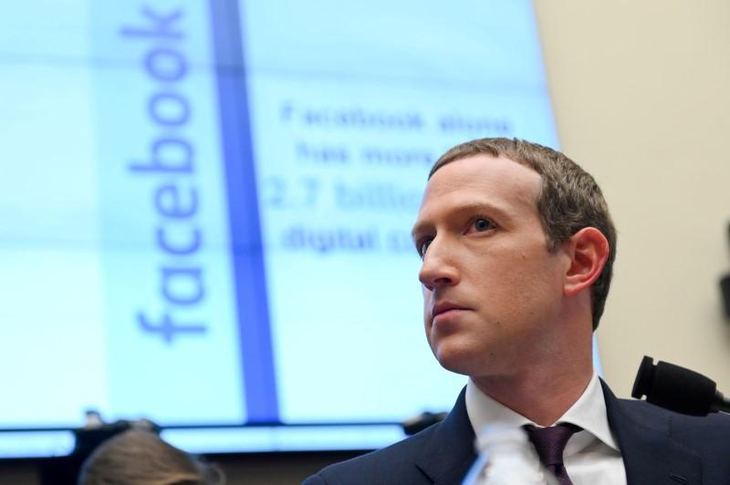 Las redes sociales arden con los nuevos nombres para Facebook   Facebook