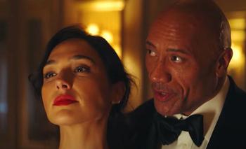 Netflix lanzó el trailer final de Alerta Roja, su película más cara del año | Cine