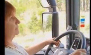 Pedirán suspender la licencia de conducir a Bullrich por manejar un camión sin permiso   Imprudente