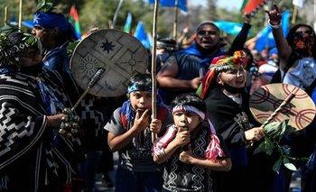 Repudio de investigadores a Lanata por su informe contra mapuches   Informe discriminador
