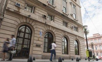 Macri le da más plata y poder a la ex SIDE: le subió el presupuesto en un 24,5% y con menos controles | Mauricio macri