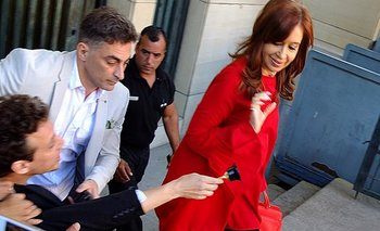 El particular regalo de un youtuber para Cristina Kirchner | Cristina kirchner