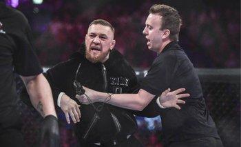 VIDEO: McGregor interrumpió una pelea y se peleó con el árbitro y la seguridad | Mma