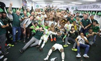 A casi un año de la tragedia, Chapecoense se salvó del descenso y sueña con la Libertadores | Chapecoense