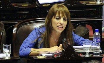 Donda escrachó a un periodista del Grupo Clarín por un comentario fuera de lugar | Nora cortiñas