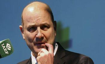Sturzenegger le echó la culpa al Ejecutivo por la crisis cambiaria | Banco central
