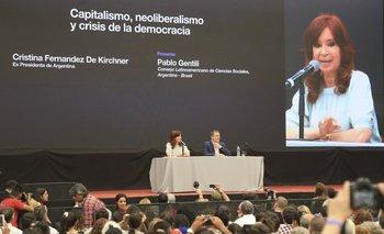 La otra parte del discurso de Cristina Kirchner en CLACSO: ¿Quién controla al capital financiero? | Por giuliana fernández