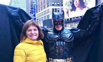Bullrich se encontró con el Batman de Times Square | Nueva york