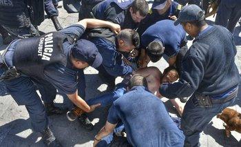Paro nacional de docentes para el viernes | Por la represión en chubut