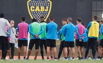 Escándalo en Boca: dos jugadores a las piñas | Boca juniors