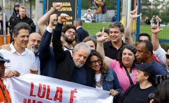 Lula quedó libre y se emocionó con la multitud que lo recibió | Lula libre